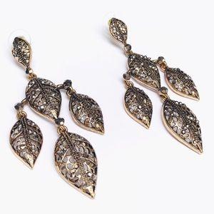 Gorgeous bronze dangling leaf earrings